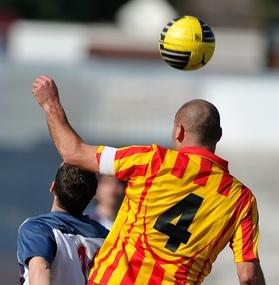 Kopfball Duell Fußball