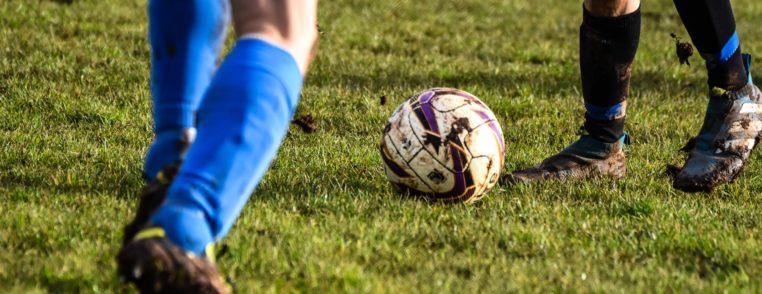 Zweikampf Duell Fußball